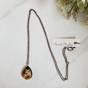Jewelry - 3/$30 Fall flowers necklace